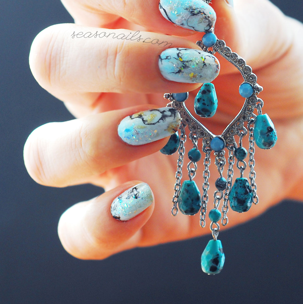 blue stone marbled nails