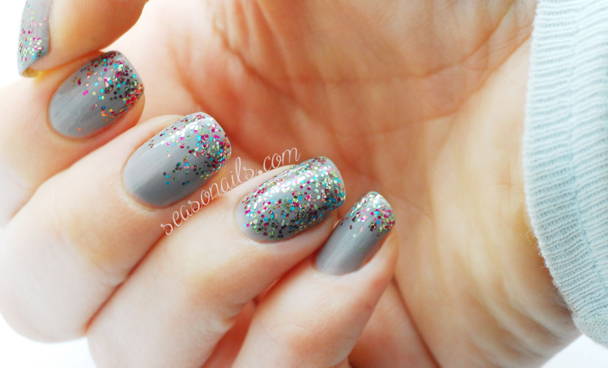 Christmas nails grey glitter gradient Seasonails FGT polish