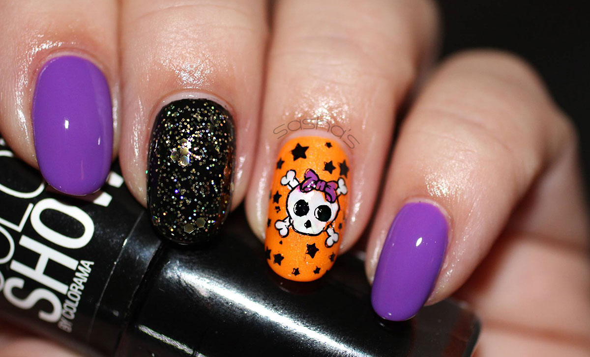 cute skull halloween stamped nails