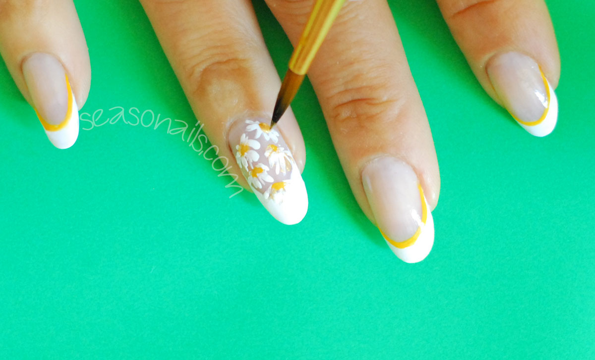daisy nail art how to