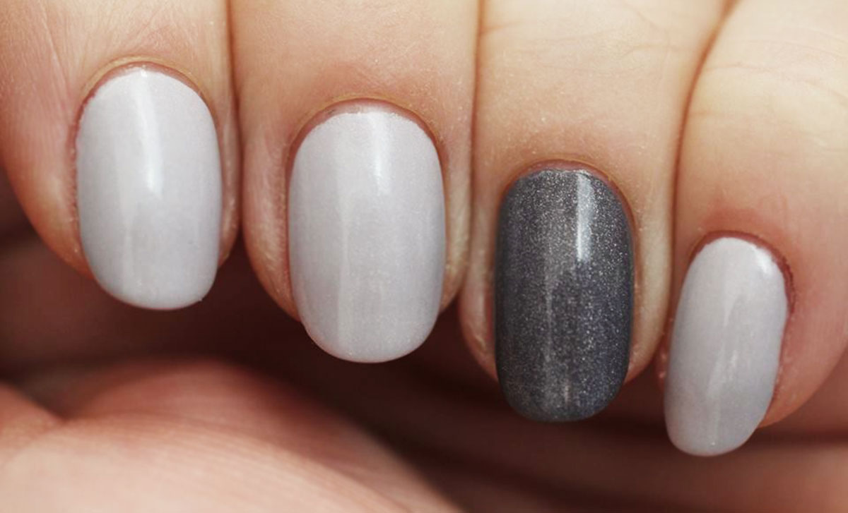 grey nails a england