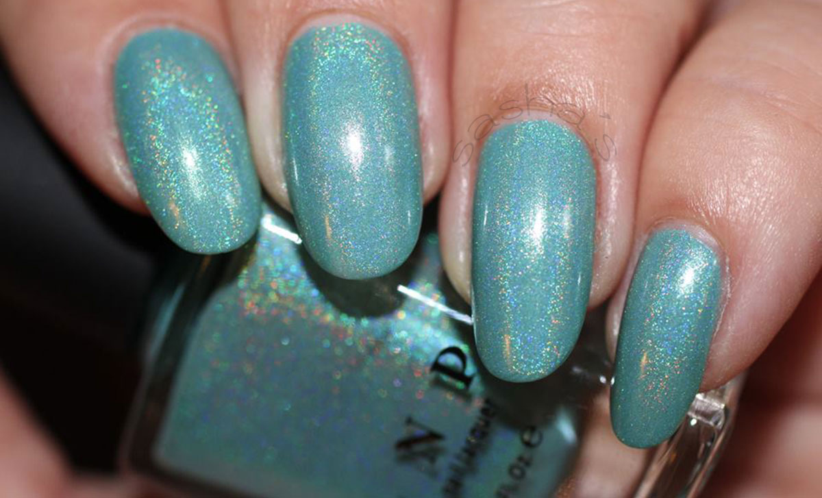holo teal nails ilnp