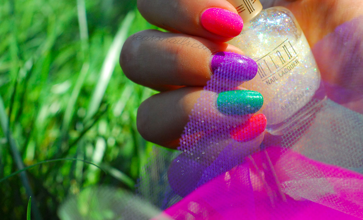 neon summer nails glitter topcoat