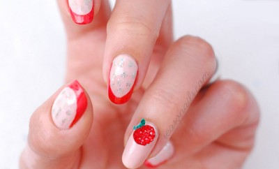 strawberry summer nails