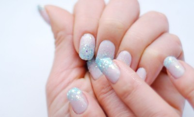 winter nail art Frozen Elsa nails seasonailscom